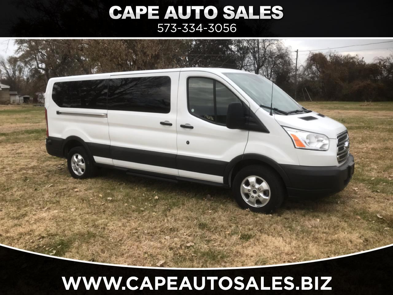 Ford Transit 350 Wagon Low Roof XLT w/Sliding Pass. 148-in. WB 2018