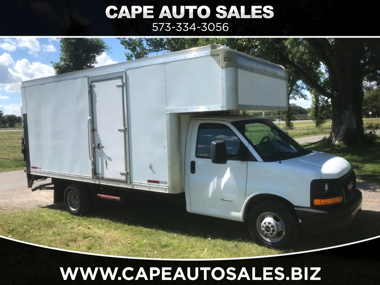 GMC Savana G4500 177 in. 2016
