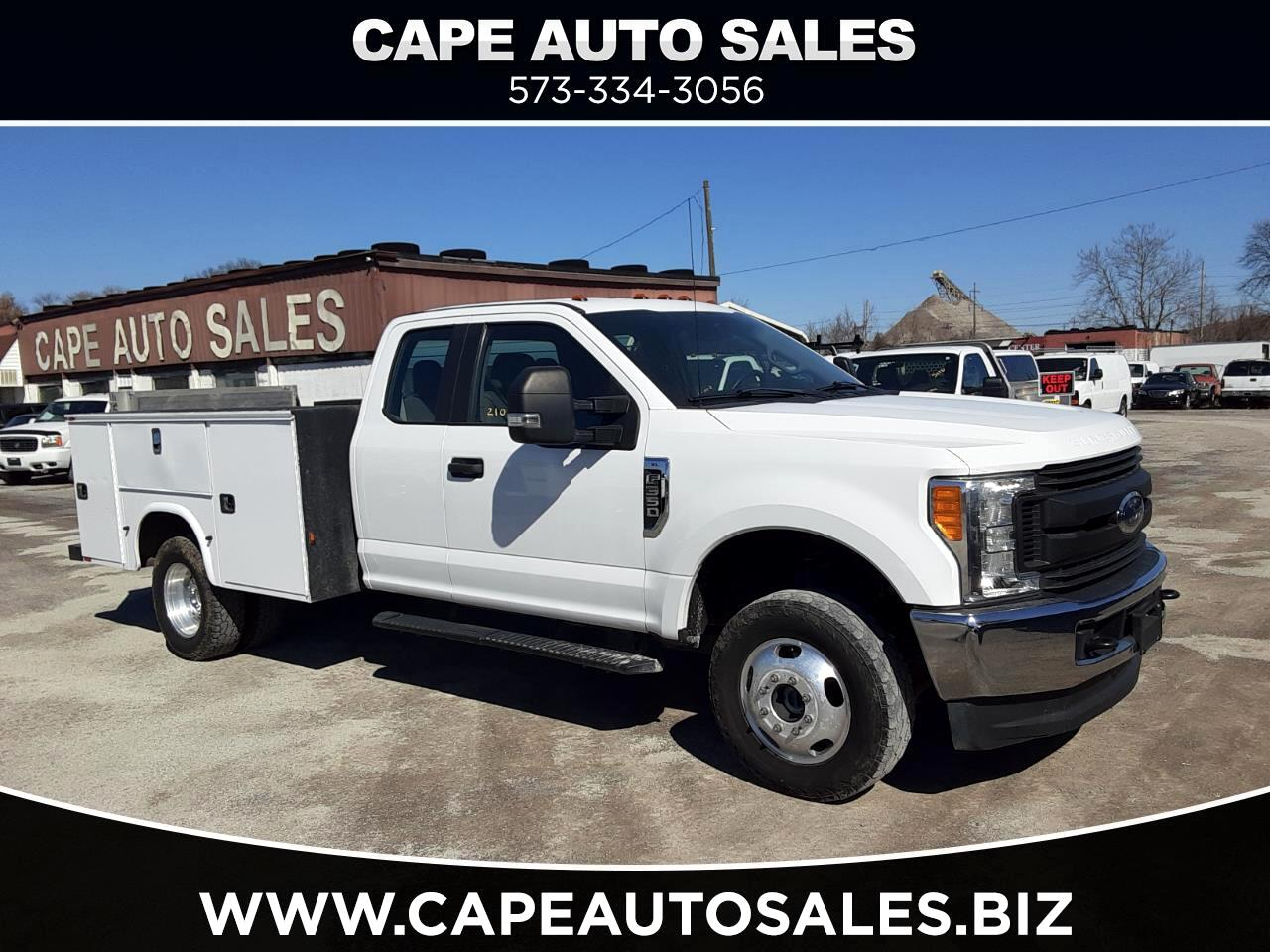 Ford F-350 SD Lariat SuperCab Long Bed DRW 4WD 2017