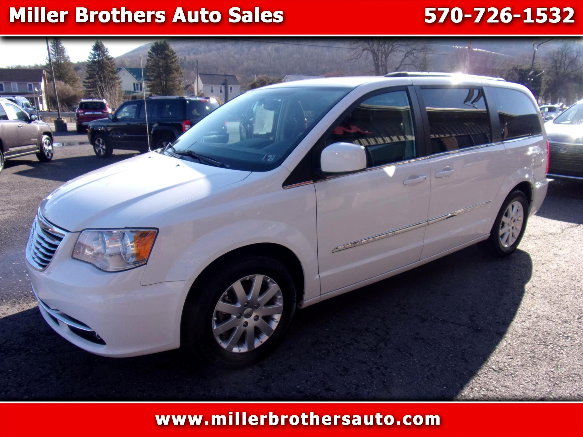 Chrysler Town & Country Touring 2016