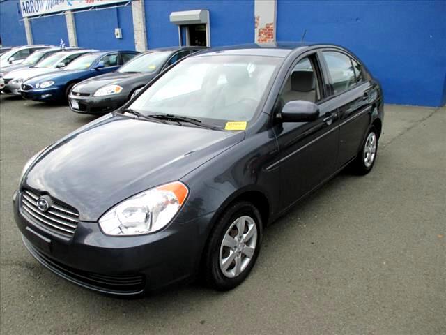 Hyundai Accent GLS 4-Door 2011