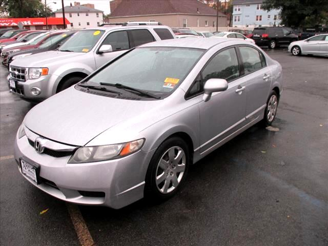 Honda Civic LX Sedan 5-Speed AT 2009