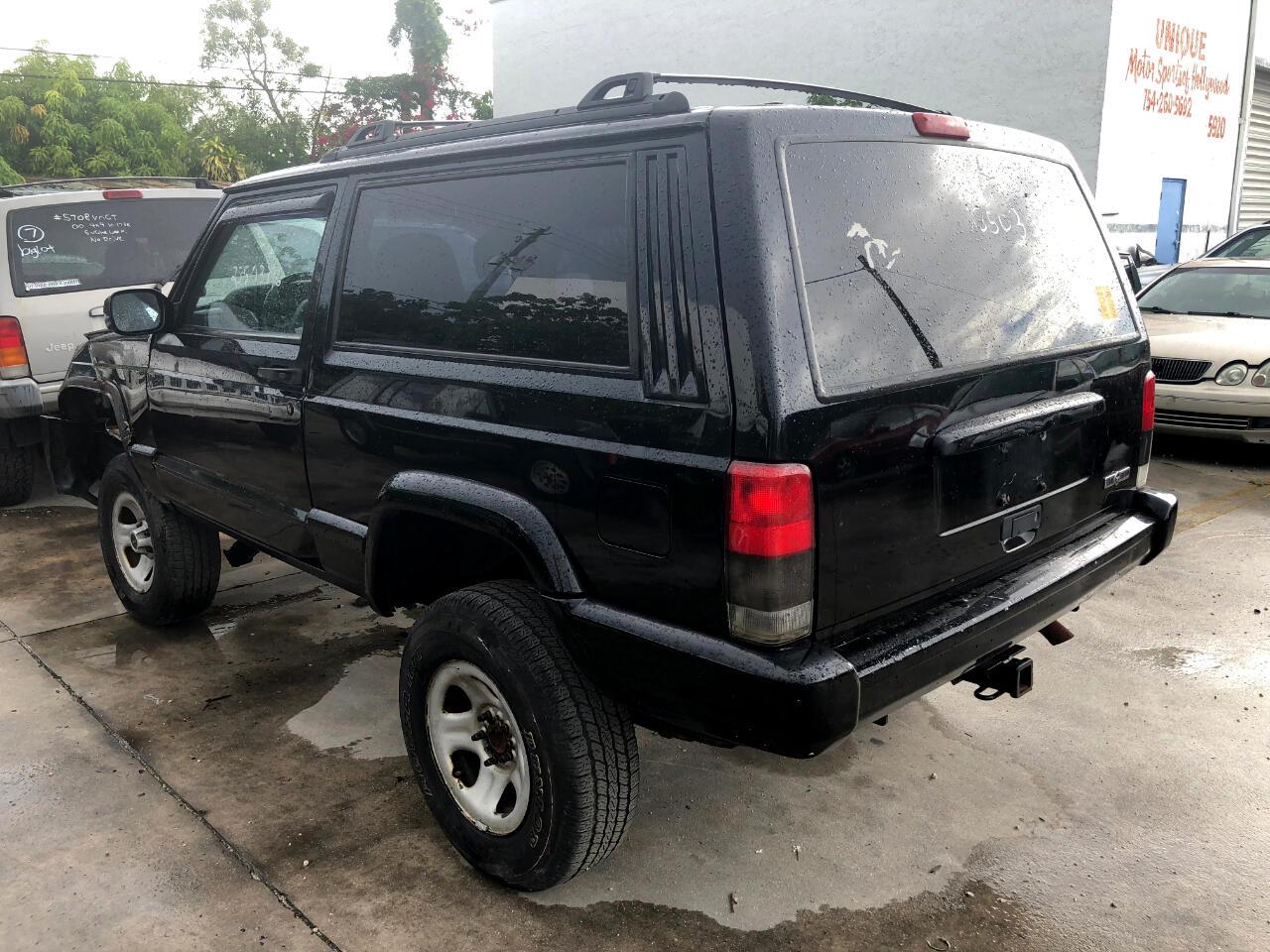 1999 Jeep Cherokee Sport 2-Door 4WD