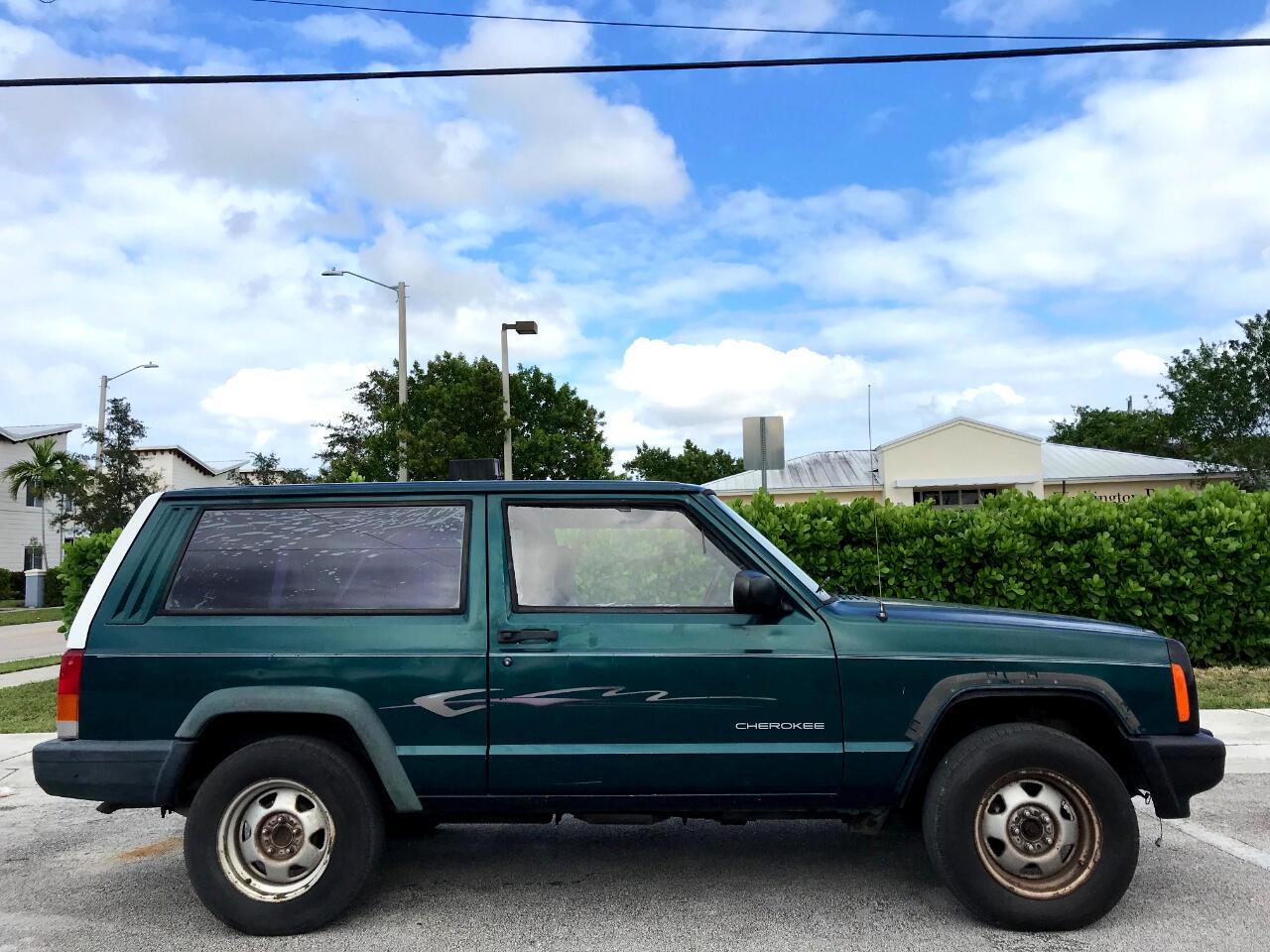 1998 Jeep Cherokee SE 2-Door 2WD