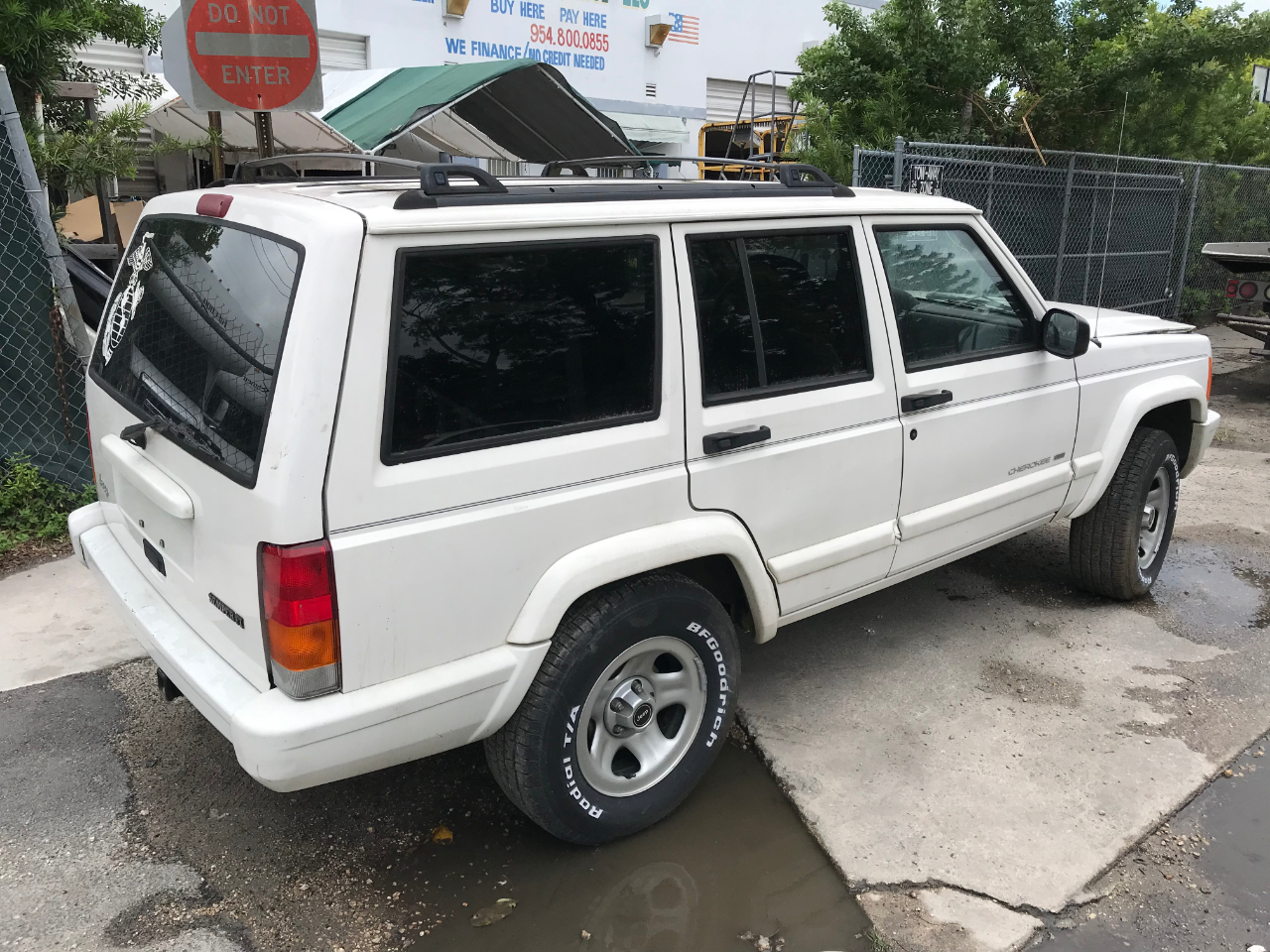 Jeep Cherokee Limited 2WD 1999