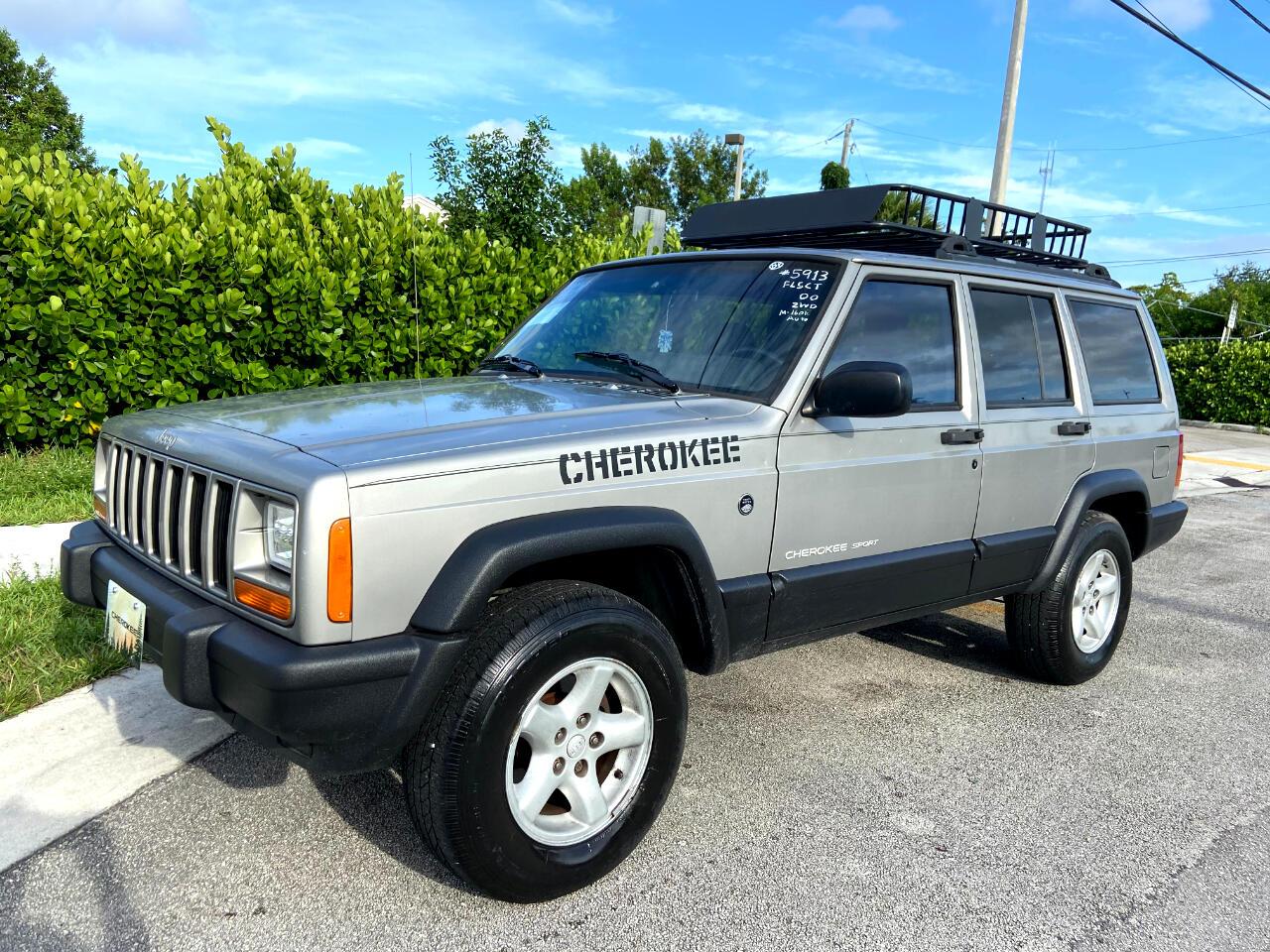 Jeep Cherokee Sport 4-Door 2WD 2000