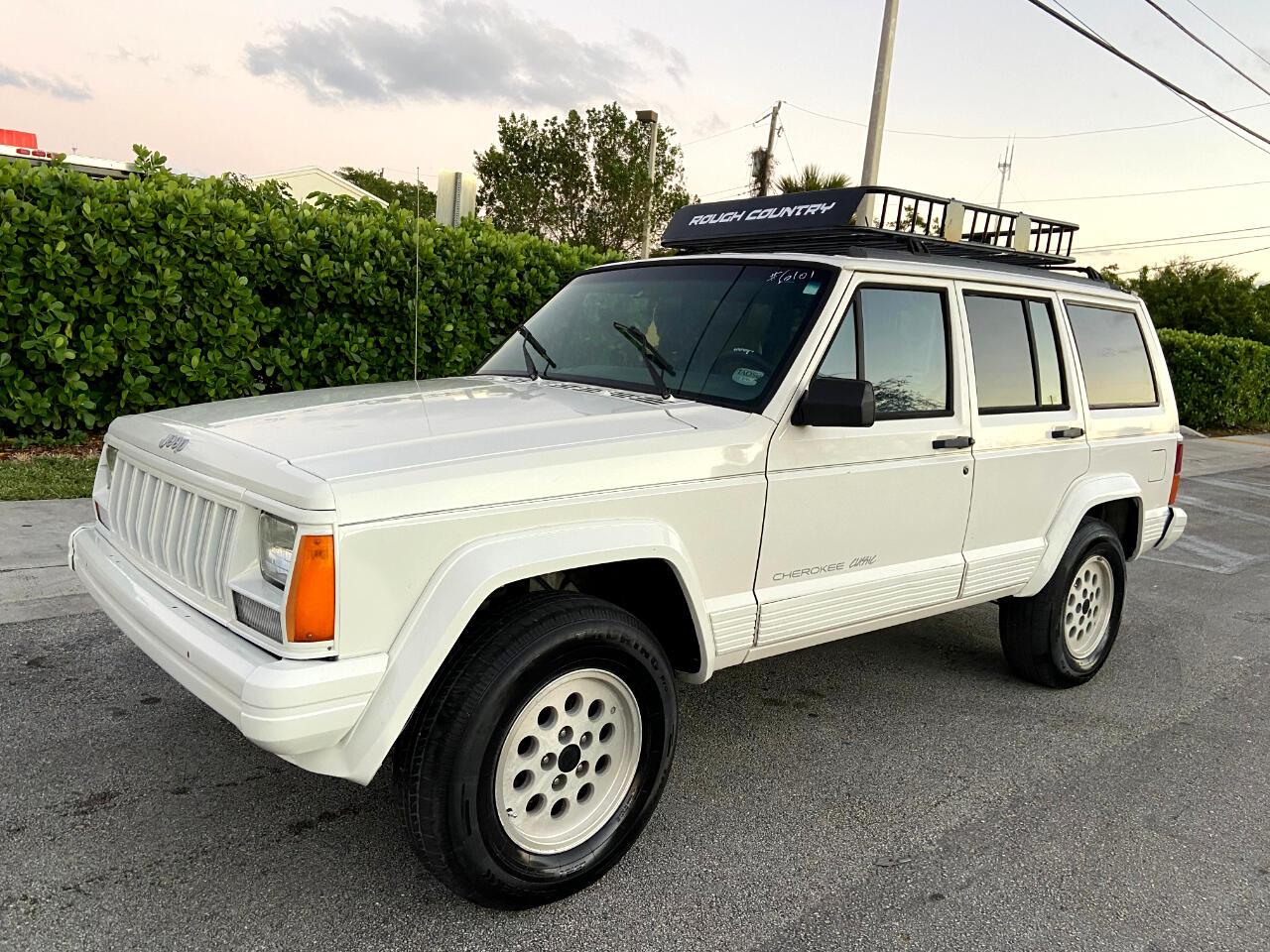 Jeep Cherokee Sport 4-Door 2WD 1996