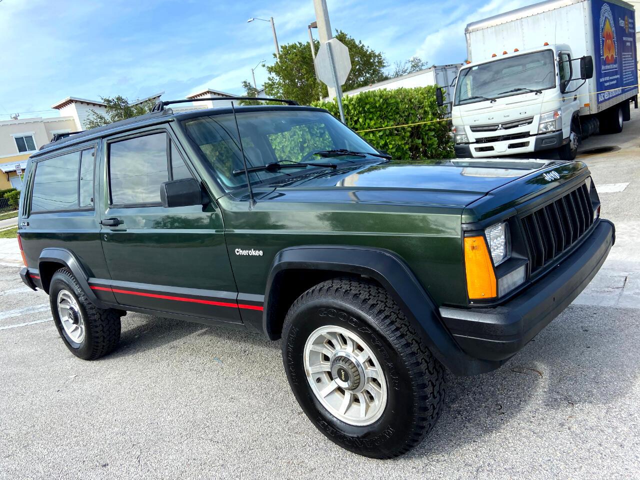 Jeep Cherokee Sport 2-Door 4WD 1995