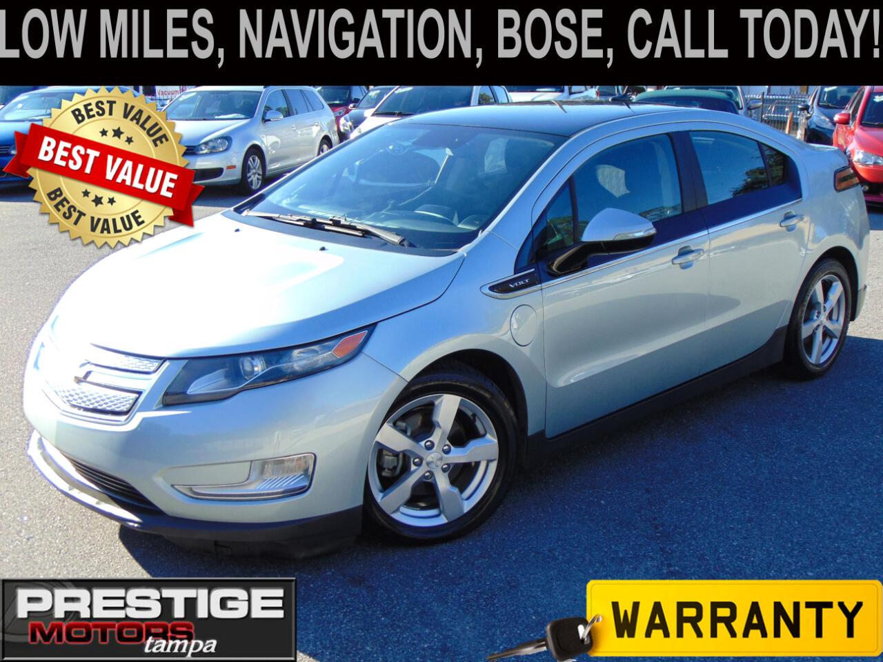 Chevrolet Volt Standard w/ Navigation 2012