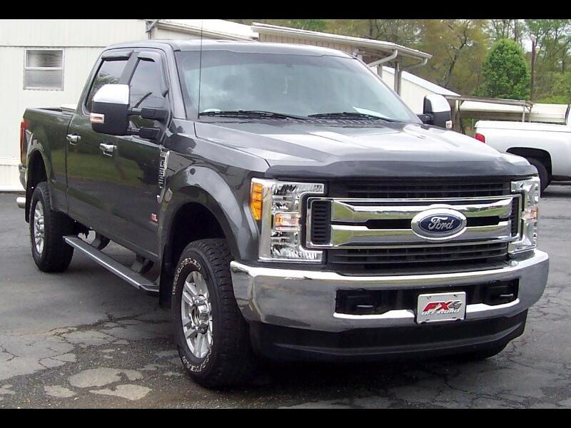 2017 Ford F-250 SD STX Crew Cab Short Bed FX4 Off Road 4WD