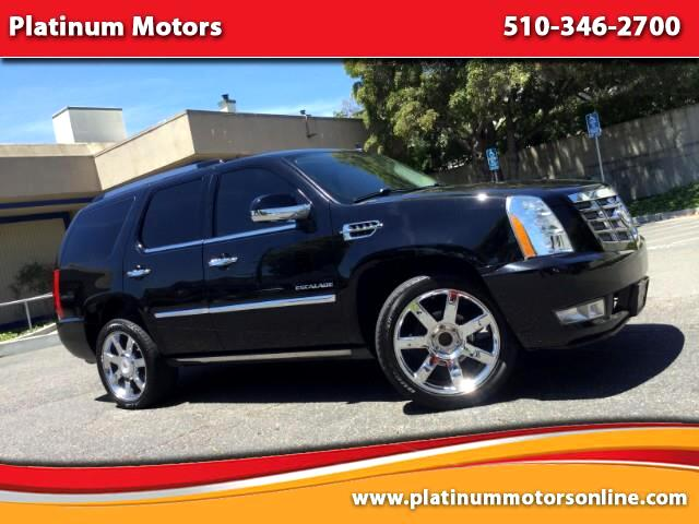 2011 Cadillac Escalade L@@K ~ What A SUV ~ Fully Loaded ~ We Finance ~ Ca
