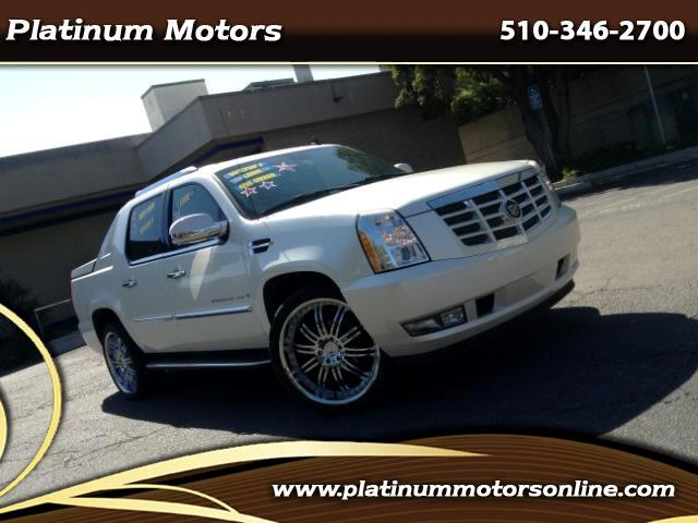 2007 Cadillac Escalade EXT L@@K ~ White Diamond ~ Only 77K Miles ~ We Finance