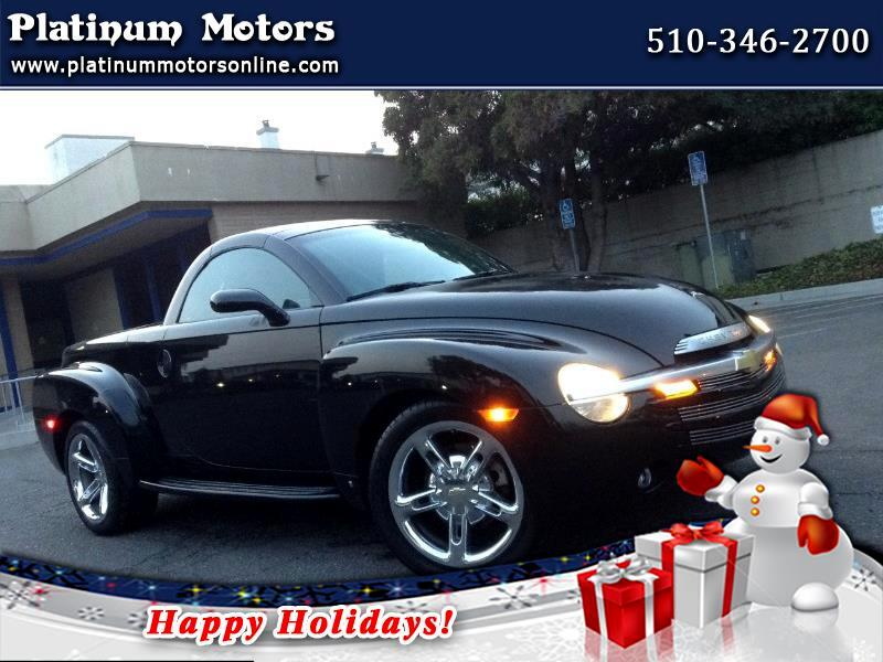 2006 Chevrolet SSR ~ L@@K ~ Only 44K Miles ~ BLK/BLK ~ Like New ~ We