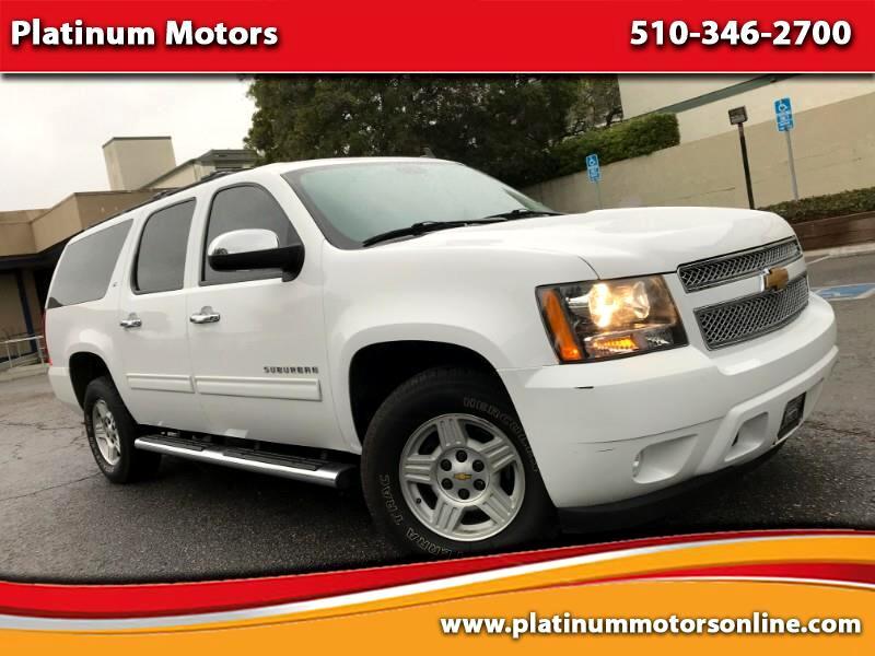 2012 Chevrolet Suburban LT 1500 ~ L@@K ~ Fully Loaded ~ White/Black ~ We F