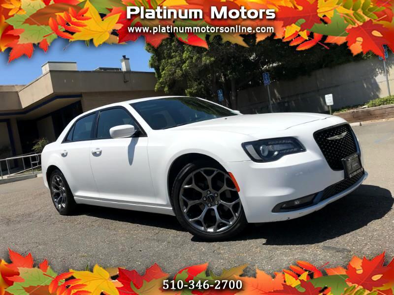 2018 Chrysler 300 S ~ L@@K ~ White/Black ~ Like New ~ We Finance ~ C