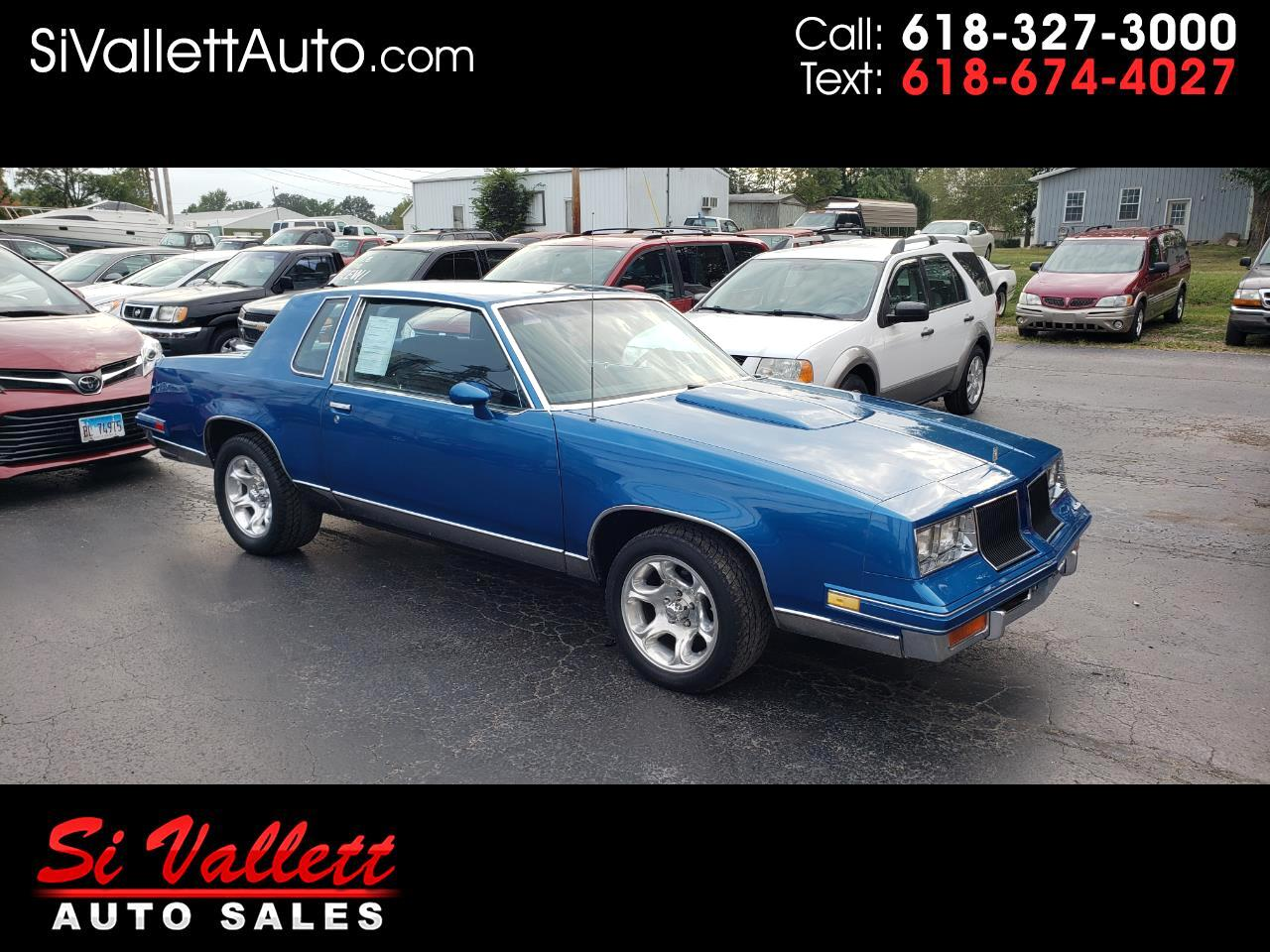 Oldsmobile Cutlass 2dr Coupe Salon 1986