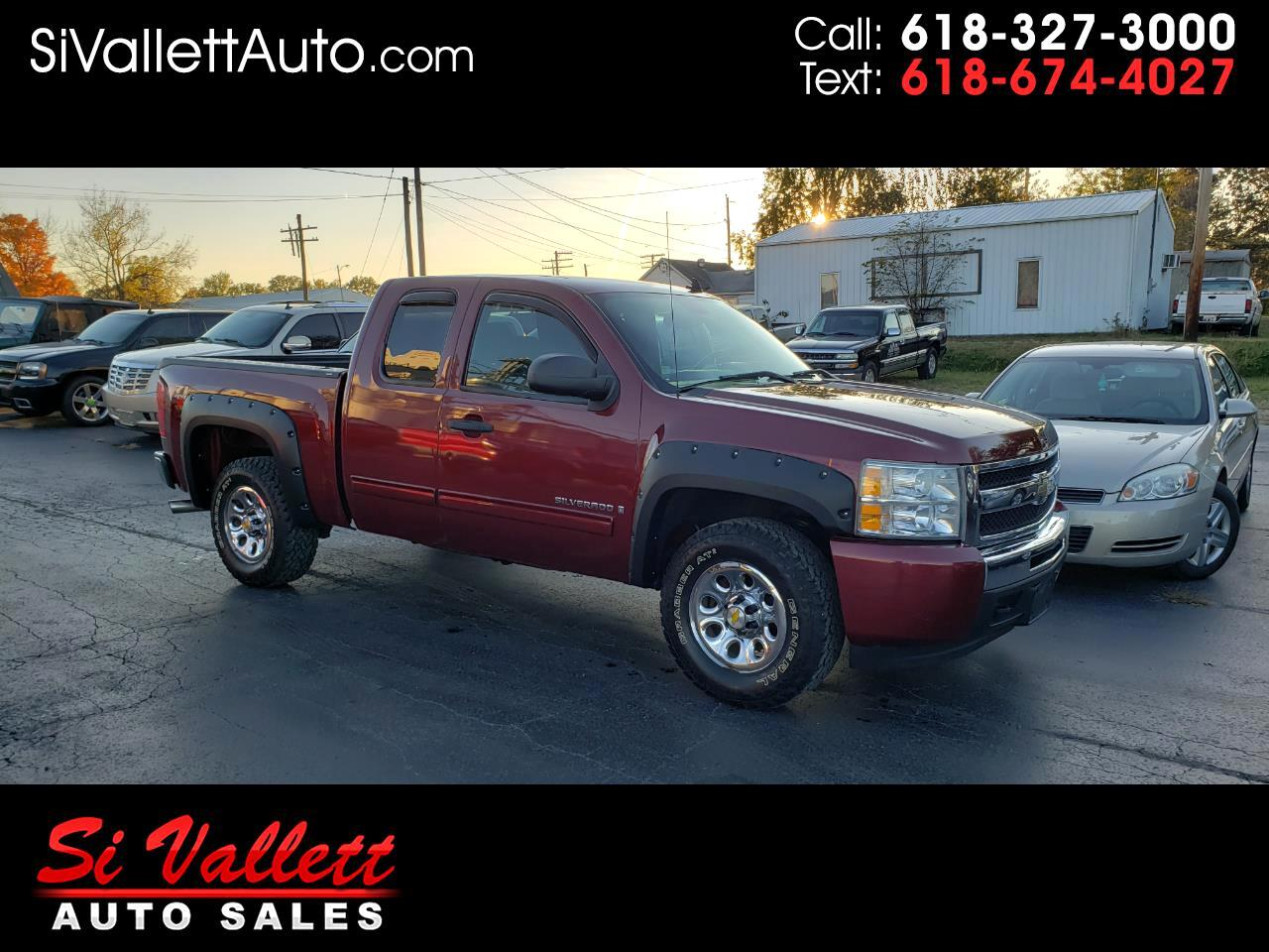 "Chevrolet Silverado 1500 4WD Ext Cab 134.0"" LT *Ltd Avail* 2009"