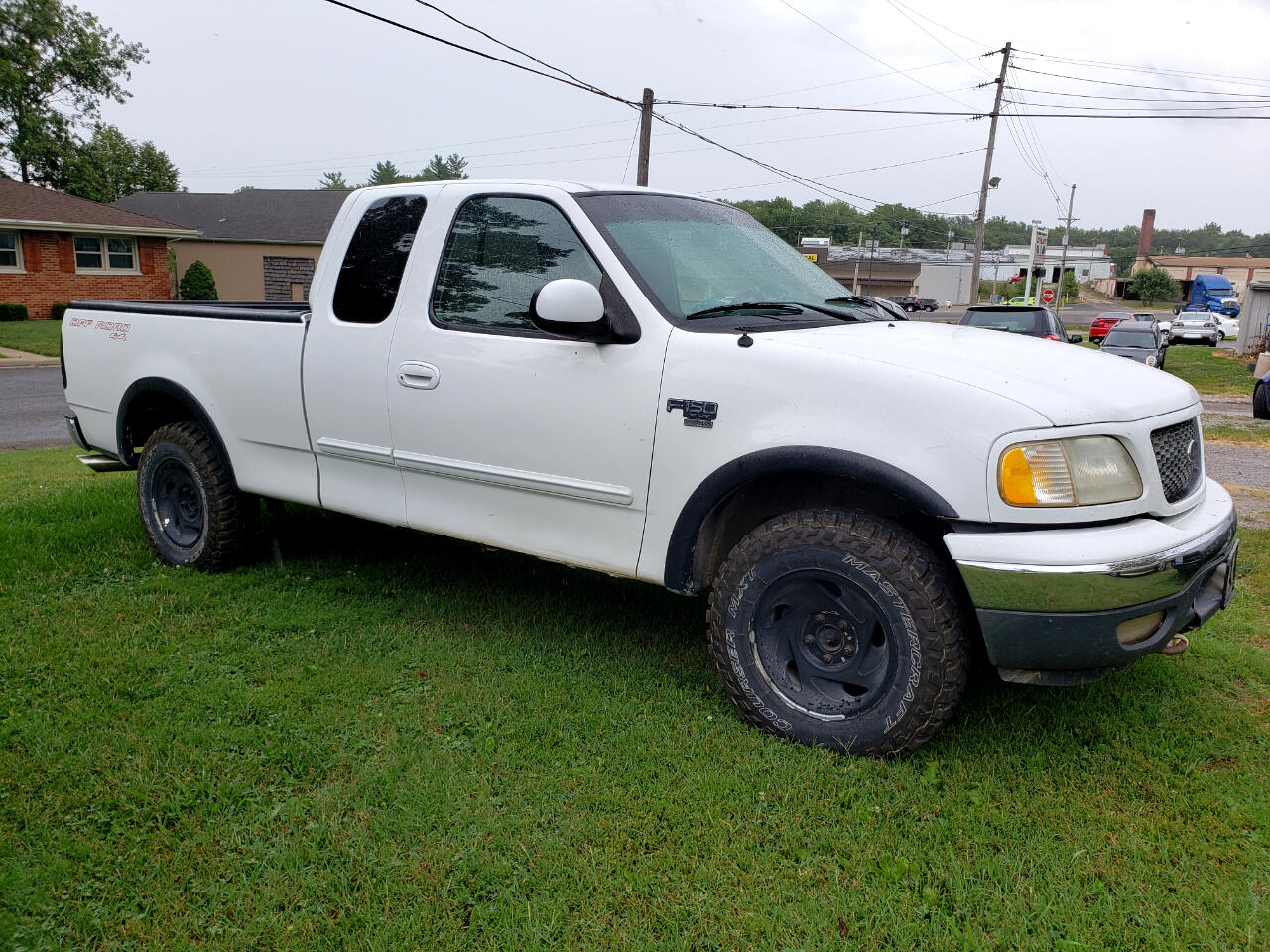 """Ford F-150 Supercab 139"""" Lariat 4WD 2001"""