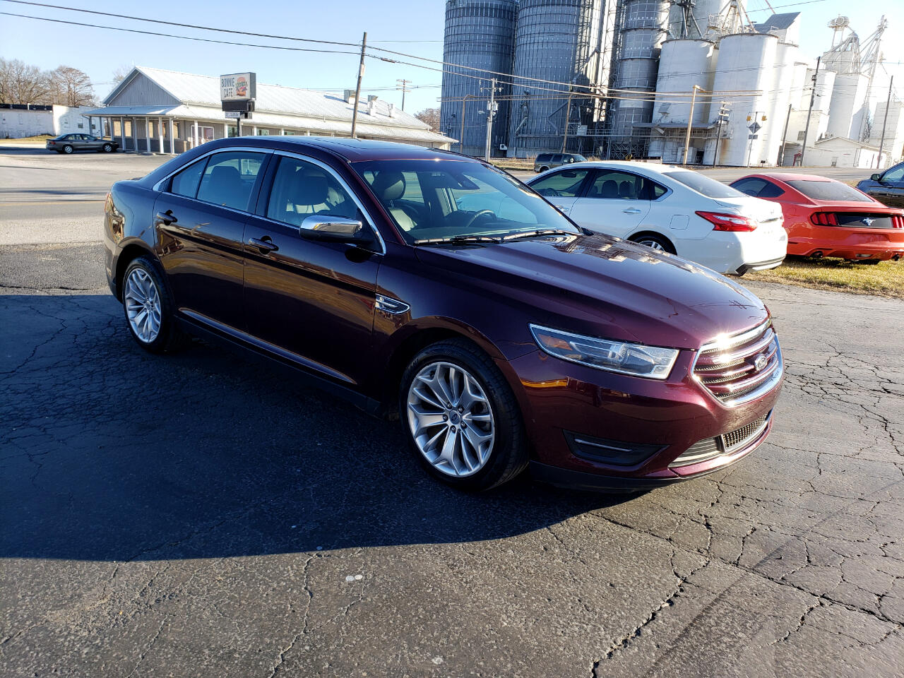 Ford Taurus Limited FWD 2019