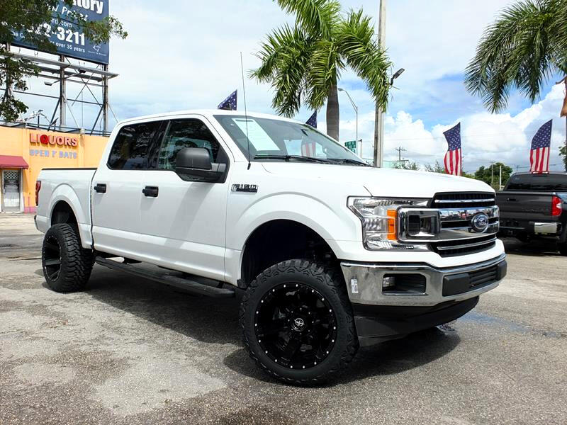 "2019 Ford F-150 2WD Supercab 133"" Lariat"