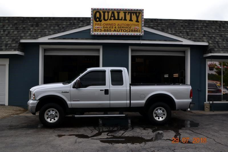 "2005 Ford Super Duty F-250 Supercab 142"" XL 4WD"