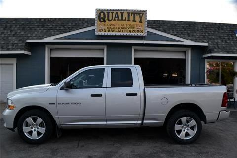 "2012 Dodge 1500 4WD Quad Cab 140.5"" Express"