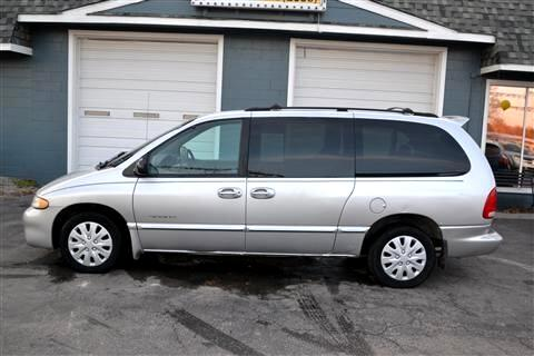 "Dodge Caravan 4dr Grand SE 119"" WB 2000"