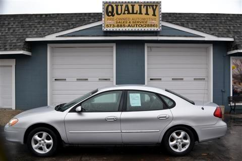 Ford Taurus 4dr Sdn SES 2001