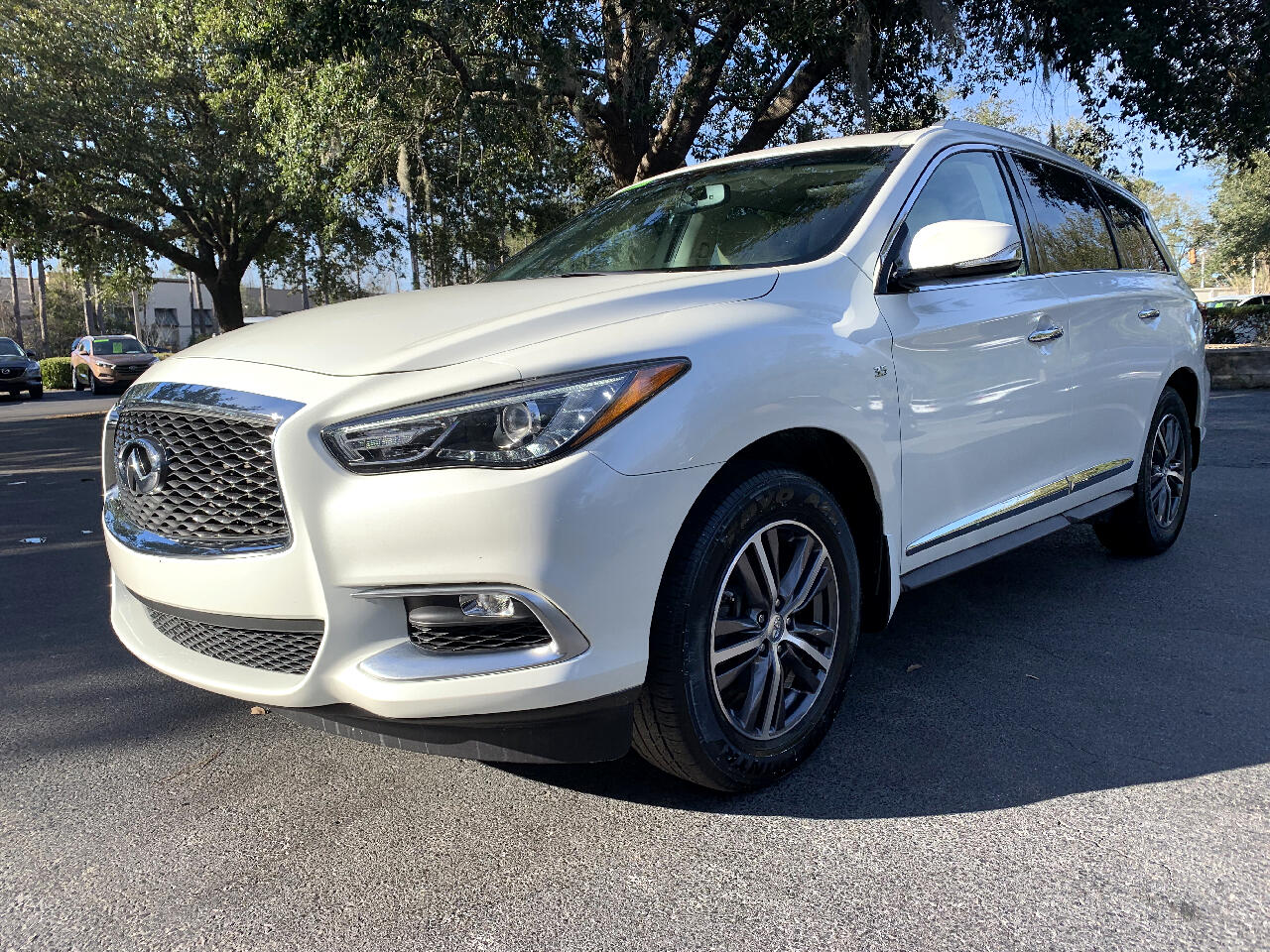 2016 Infiniti QX60 FWD 4dr With a Third Row Seat