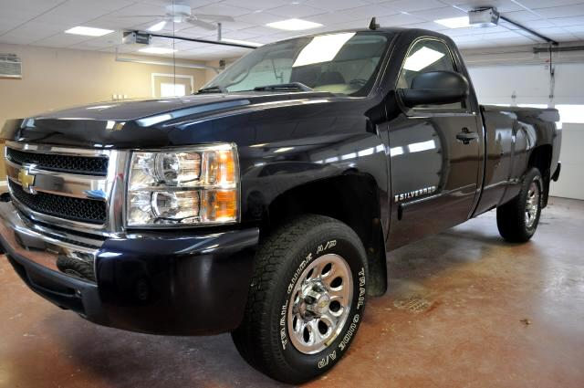 Chevrolet Silverado 1500 Work Truck Long Box 4WD 2007
