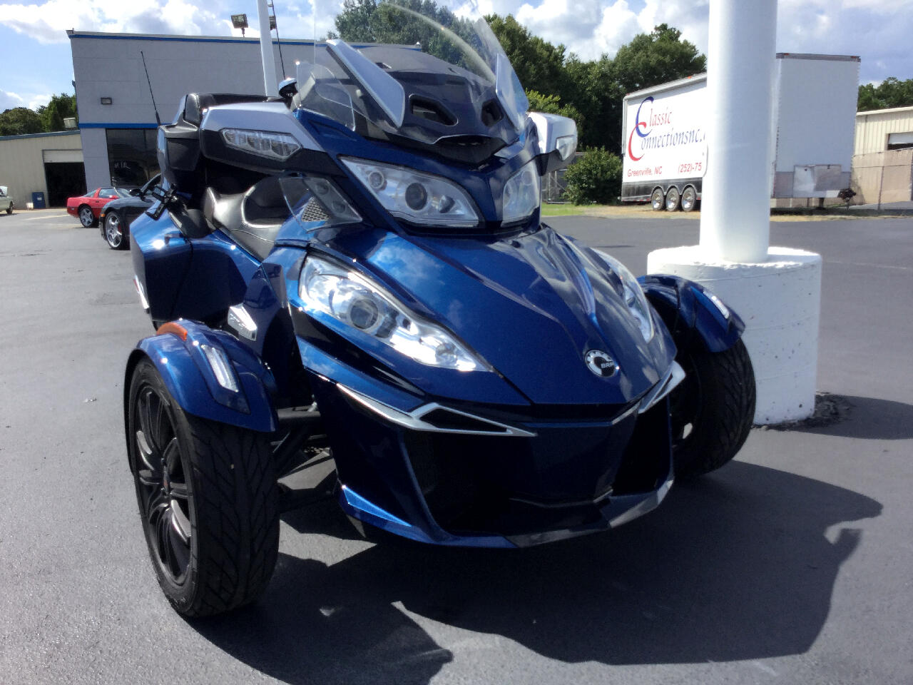 Can-Am Spyder  2016