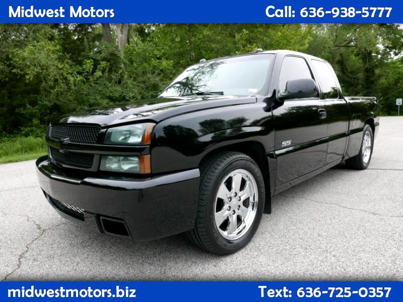 2004 Chevrolet Silverado 1500 SS Ext. Cab Short Bed AWD