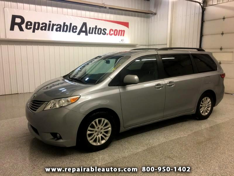 2017 Toyota Sienna XLE Repairable Water Damage