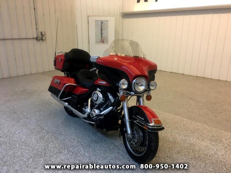 2010 Harley-Davidson FLHTK Electra Glide Limited Repairable Side Damage