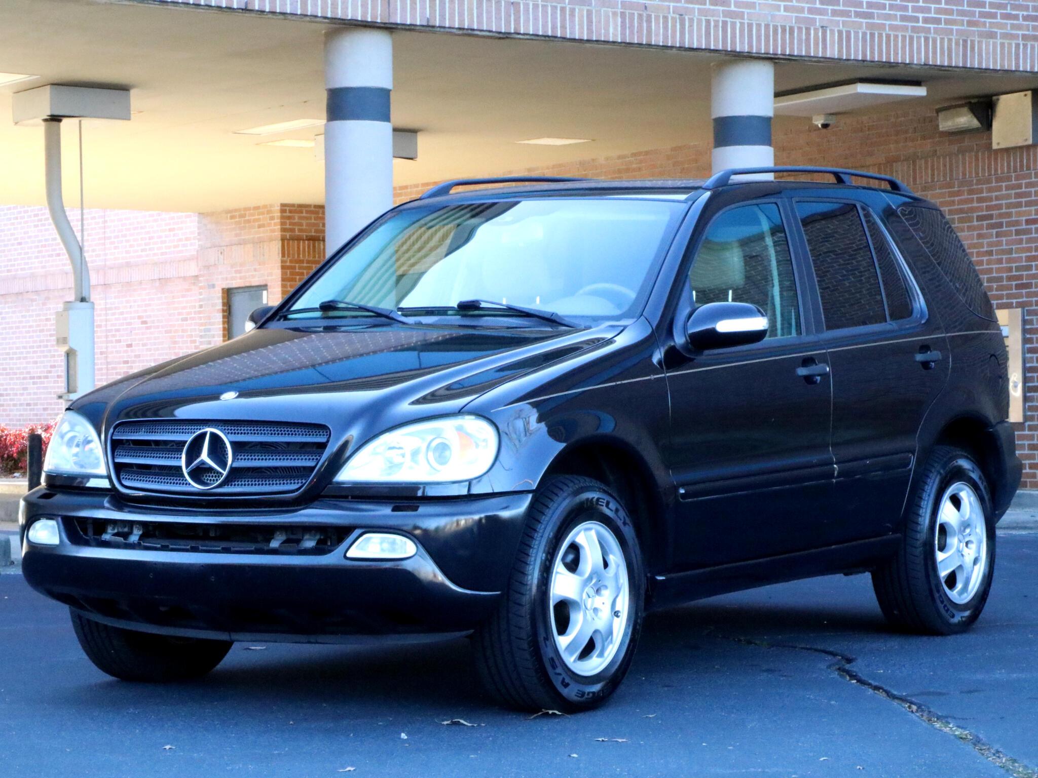 Mercedes-Benz M-Class  2004