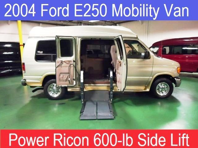 2004 Ford E250 Presidential Handicap Conversion Van