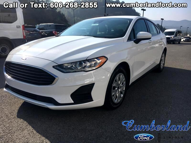 Ford Fusion S 2020