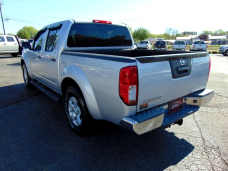 2013 Nissan Frontier SV Crew Cab 2WD
