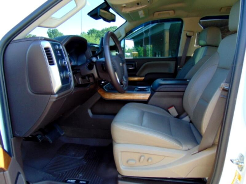 2017 Chevrolet Silverado 2500HD LTZ Crew Cab 4WD