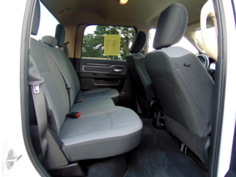 2019 RAM 2500 Big Horn Crew Cab SWB 4WD
