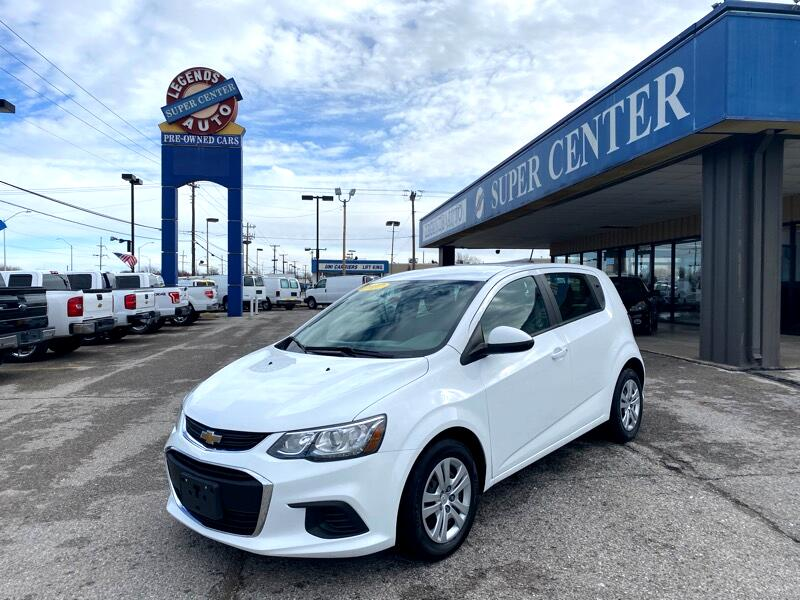 Chevrolet Sonic FL Auto Hatchback 2017