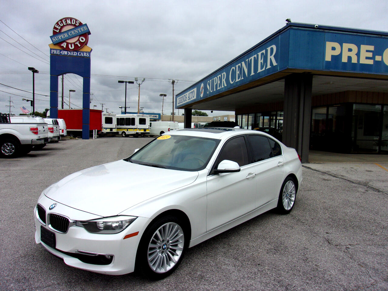BMW 3 Series 4dr Sdn 328i RWD South Africa 2015