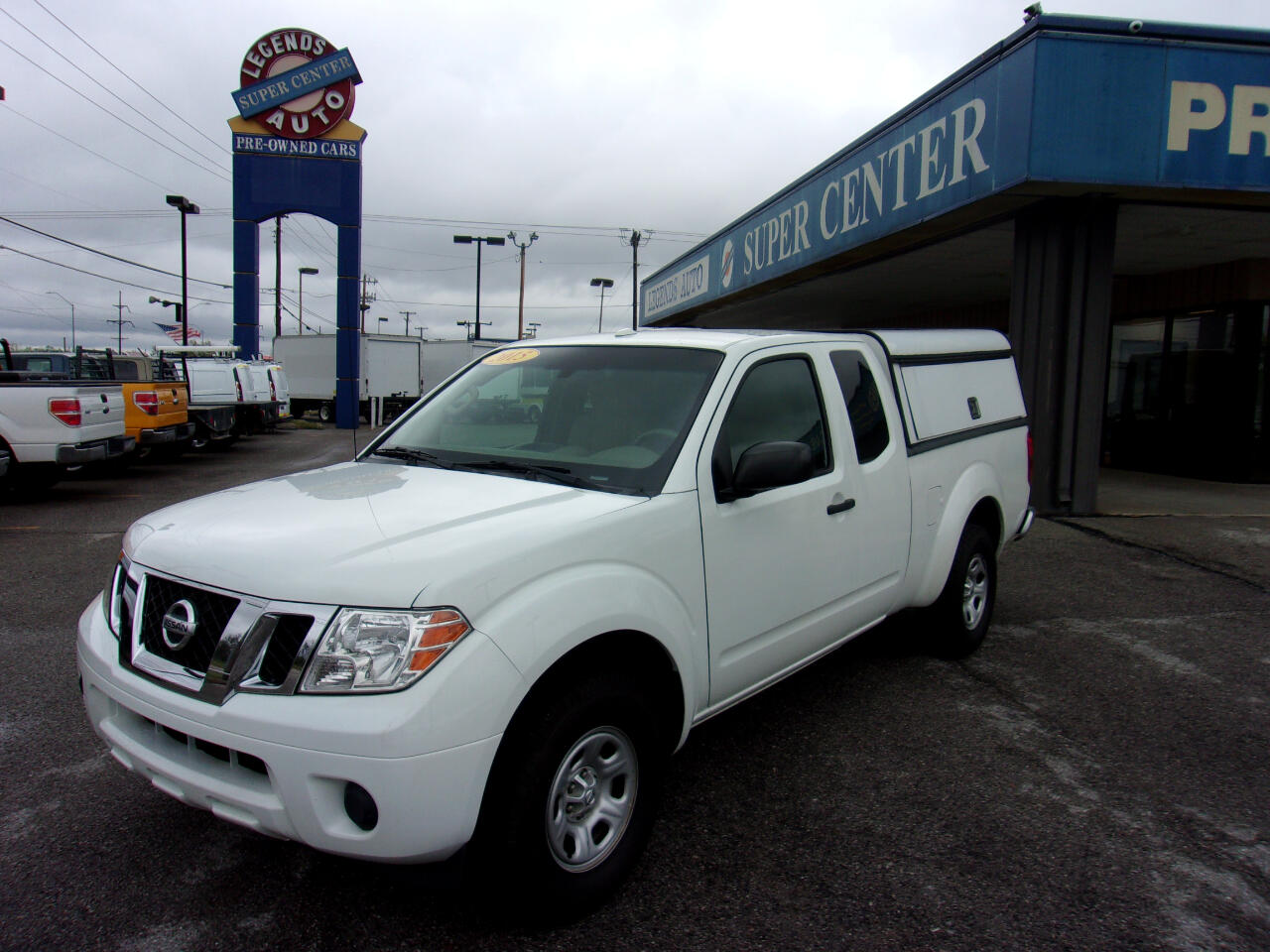 Nissan Frontier 2WD King Cab I4 Auto SV 2015