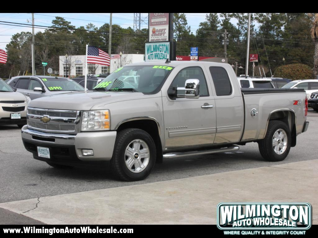 2009 Chevrolet Silverado 1500 LT1 Ext. Cab Short Box 4WD