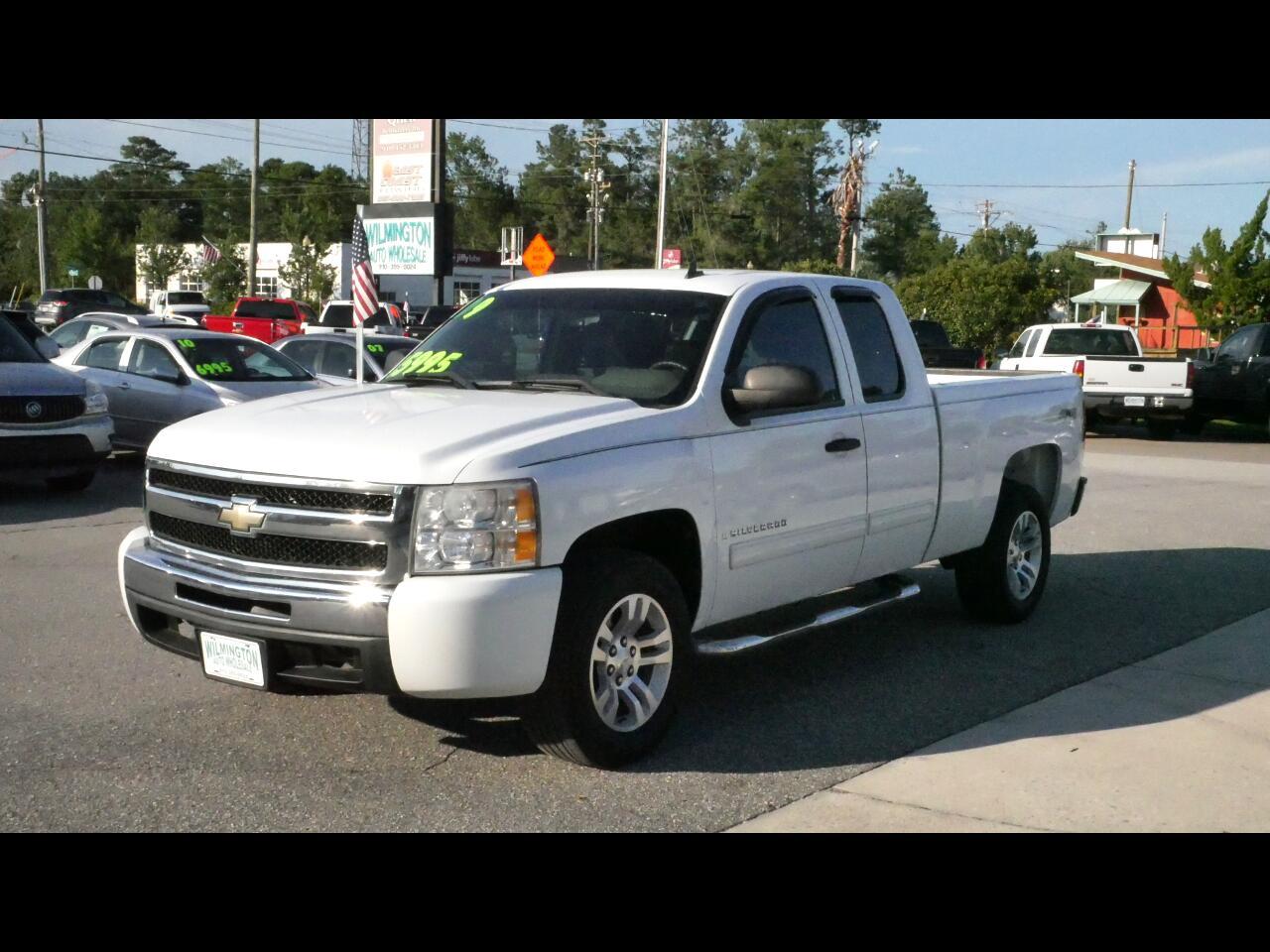 2009 Chevrolet Silverado 1500 Work Truck Ext. Cab Long Box 4WD