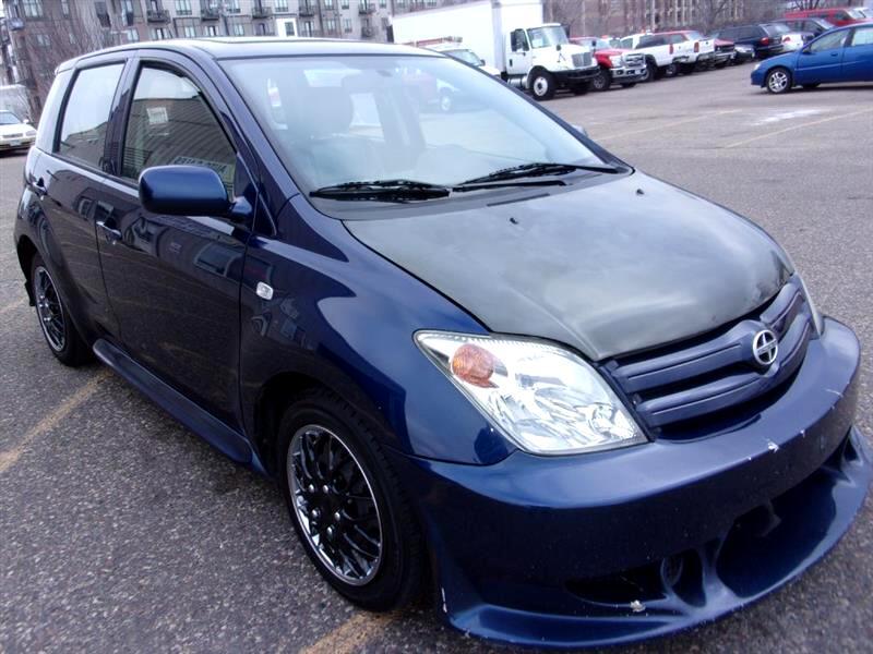 2005 Scion xA Hatchback