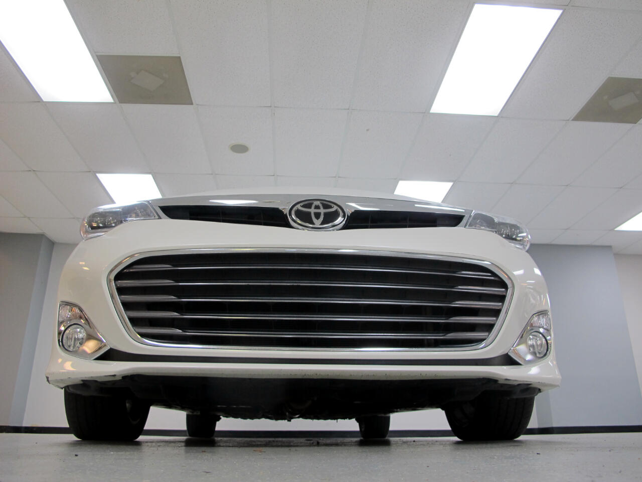 2015 Toyota Avalon 4dr Sdn Limited (Natl)