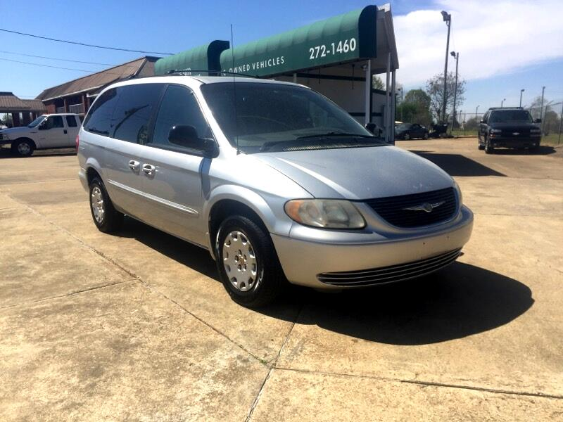 """2002 Chrysler Town & Country 4dr 119"""" WB LX FWD"""