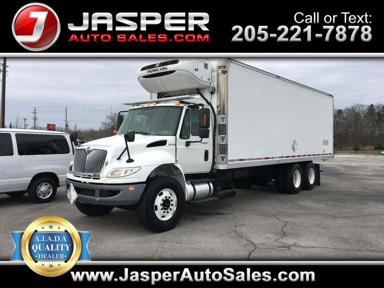 2011 International DuraStar 4400 Box Truck
