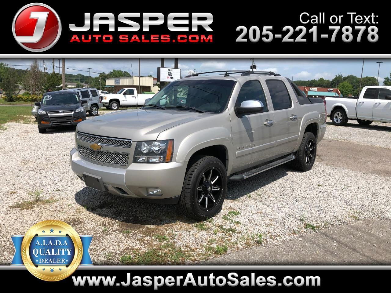 "Chevrolet Avalanche 2WD Crew Cab 130"" LT w/3LT 2008"